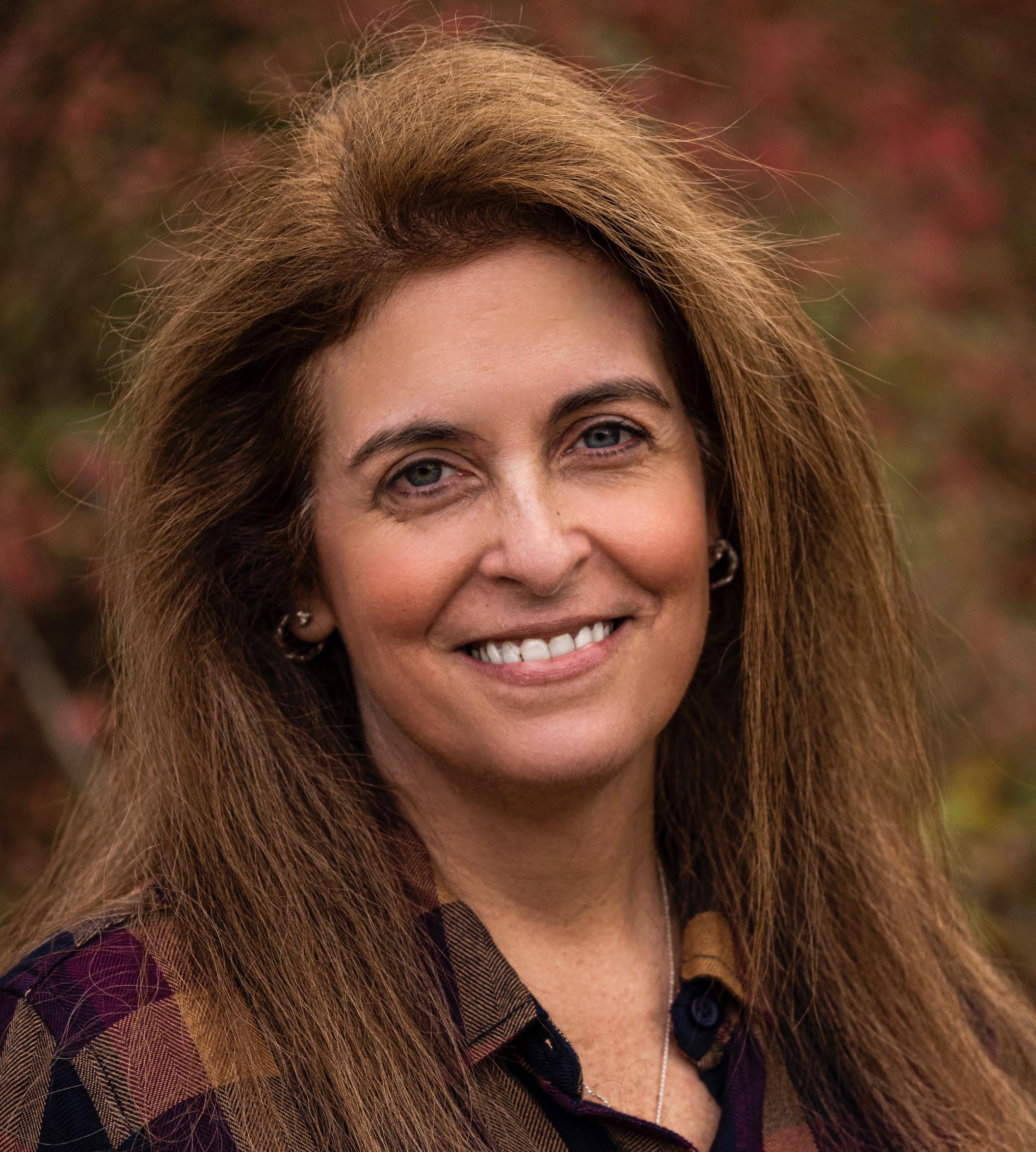 Lisa Goldberg Headshot